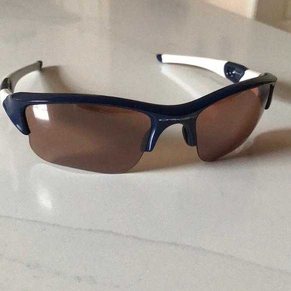 29ca9db381 Oakley men s Flak sunglasses. M 5bf412d1a5d7c6c011860f06